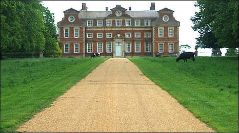 raynham-hall